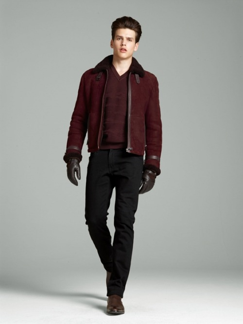 lookbook. versace atumn/winter 2012 feat. simon van meervenne