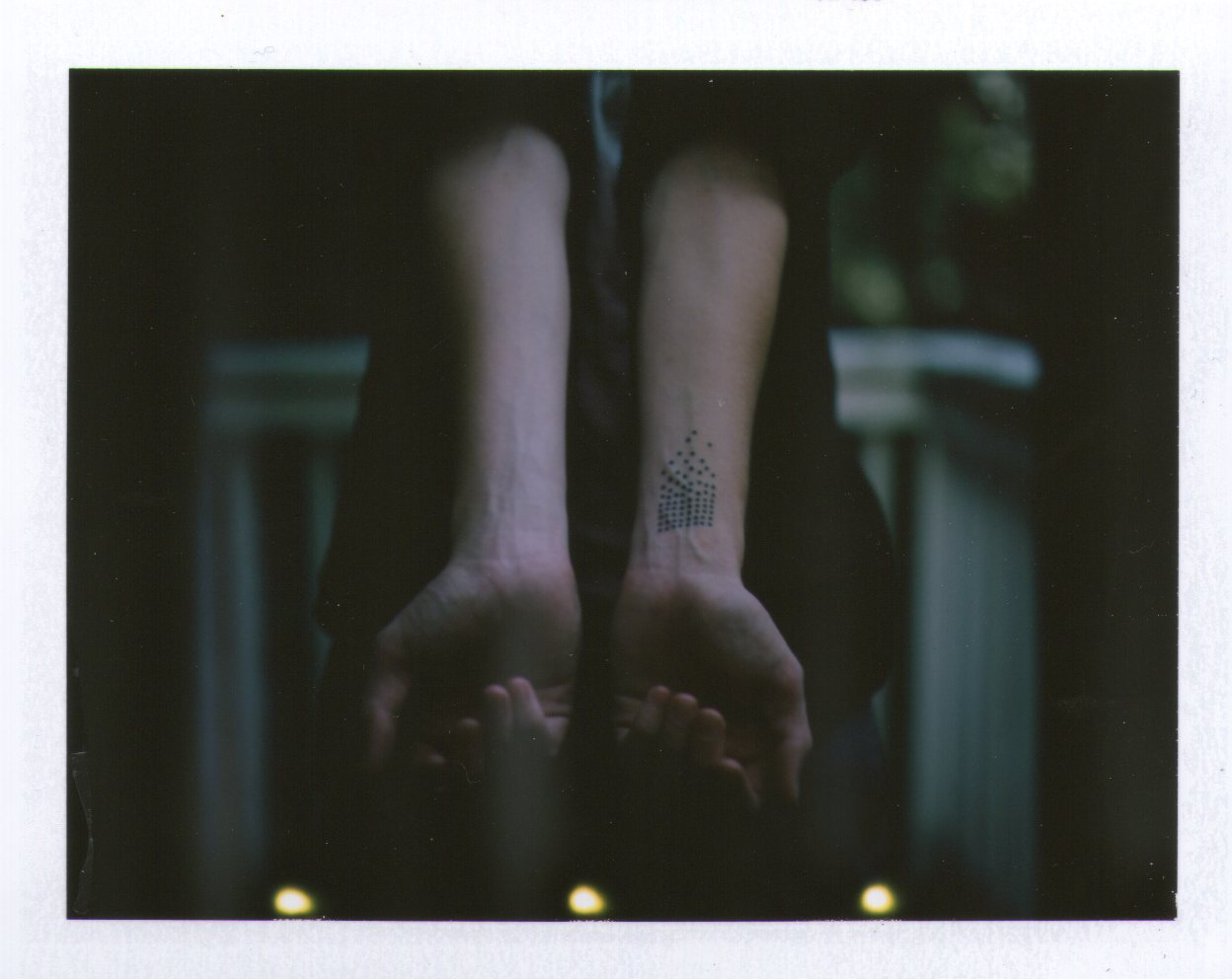 caitianne:  incredibly happy with this photo. Emil's tattoo, August 13, 2012