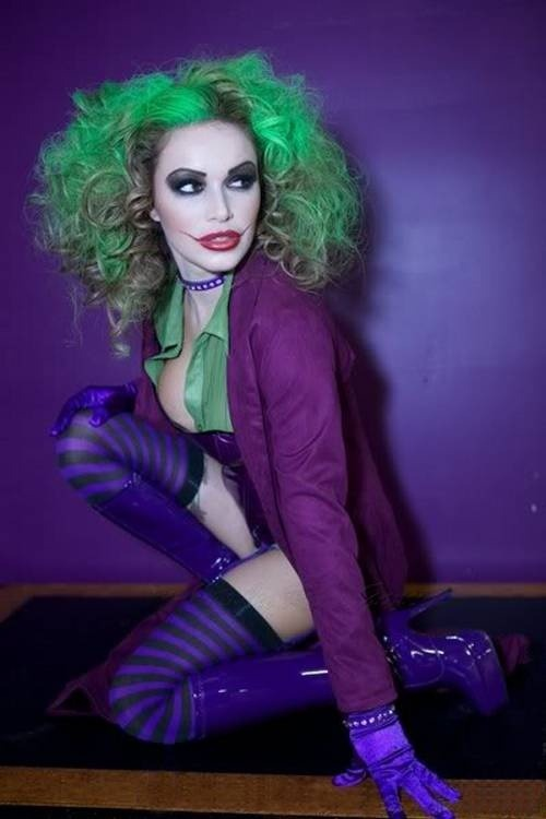 This is pretty badass. I've never seen a female joker look so awesome.