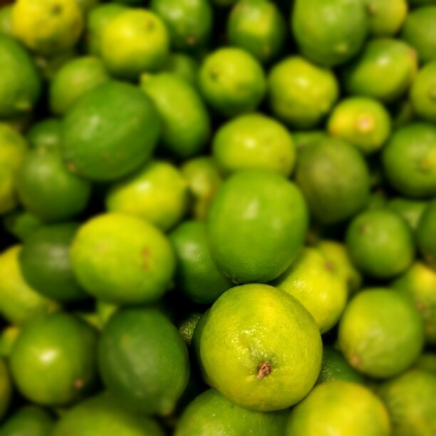 freeyourm-ind:  #lemon #green #photography (Tomada con Instagram)