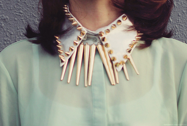 poppindoragon:  pastel with studs by tinytoadstool by shan shan on Flickr.