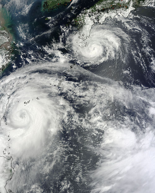 dontrblgme:  Typhoons Saola and Damrey (via NASA Earth Observatory)