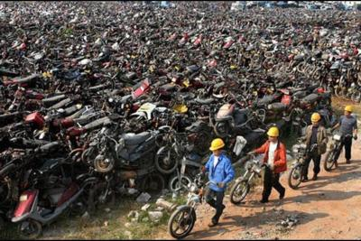 If hell exists, this would be mine. Motorcycle graveyard… source unknown.