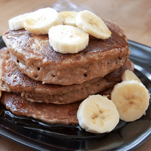 gloriouspancakes:  Vegan Spiced Coconut Pancakes