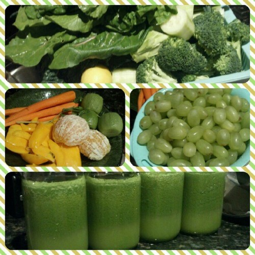 #JUICEFEAST Day 6 - #kale #chard #celery #cucumber #broccoli #lemon #mango #kiwi #orange #carrot #greengrapes. Been doin the cleanse for almost a week n actually wore makeup for the first time in a min today. Some suggest not even to wear mascara/foundation/lotion during a #cleanse to maximize #detoxification. #juicing #crazyjuicer #greenjuice #greenmachine #fruits #veggies #detox #foodporn #nofilter (Taken with Instagram)