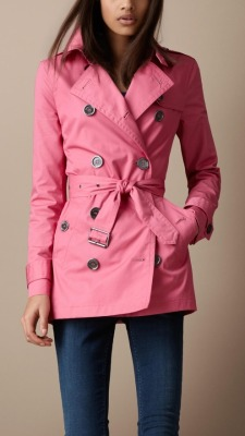 Burberry pink trench ~ great shade!