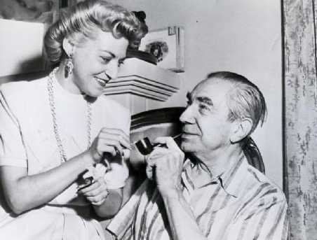 beautyandterrordance:  Bela Lugosi and his last wife, Hope Lininger. Lugosi married Lininger in 1955. She had been a fan of his, writing letters to him when he was in hospital recovering from addiction. She would sign her letters with a dash of Hope.