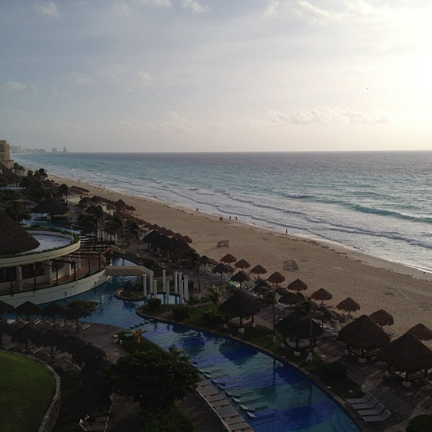 good morning from my room in Cancun  (Taken with Instagram)