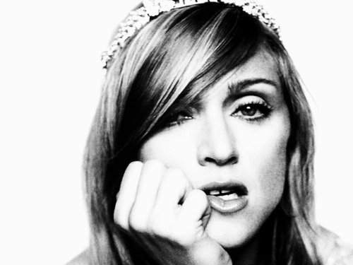 Happy bithday Madonna. U're the Queen.