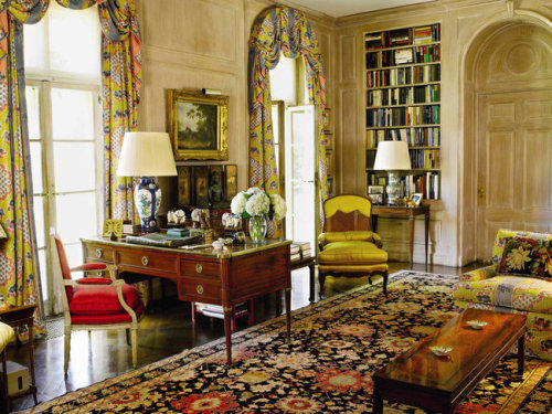 thesorrowsofgin:  The library at Brooke Astor's Holly Hill, Westchester County.  (via Home & Garden - Image - NYTimes.com)