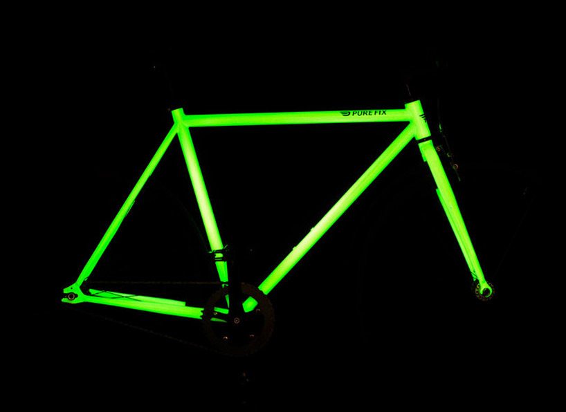 """solar activated glow in the dark bicycle by pure fix cycles"" after months of experimentation, american pure fix cycles have designed 'kilo', their very first light activated glow in the dark bicycle frame series. the collection features a highly reflective, glow-in-the-dark paint application on either the frame or wheels, for ultimate visibility during-night riding. the paint is solar-activated, so after a long day of biking during the day, the frame lights up, illuminating the streets and environment for added cyclist safety. the tig-welded high tensile steel bike also incorporates a rear hub that gives riders the option of riding fixed gear or single speed. ____________________ Does it come in blu3?"