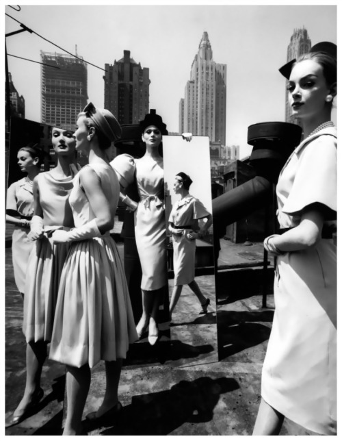 hollyhocksandtulips:  William Klein, 1962