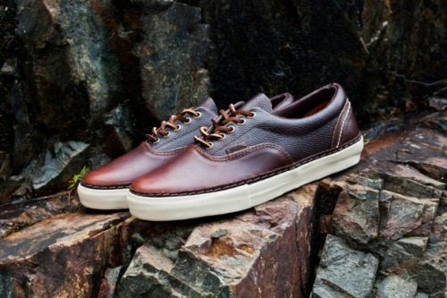 Vans Vault Era LX - Horween Leather some amazing high quality material on the classic Vans Era.  Dark Brown pebbled leather with Brown smooth leather panels on a White midosle.  clean and classy look. click here for more pics Related articles Horween Leather x Vans Vault - Available (sneakernews.com)