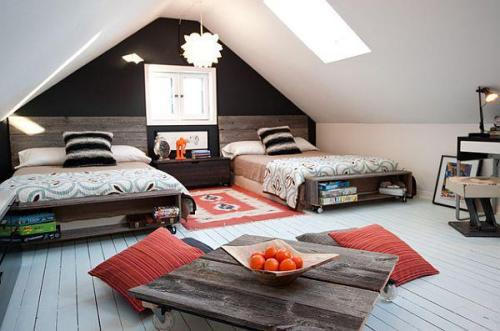 remarkable twin attic room (via Fb)