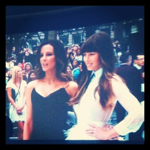 Yes #totalrecall #westend #premiere #jessicabiel #katebeckinsale  (Taken with Instagram at Vue)