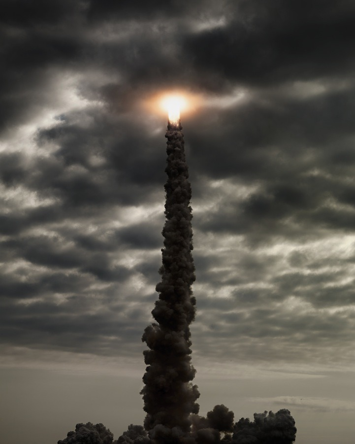 jaymug:  Space Shuttle Launch by Dan Winters