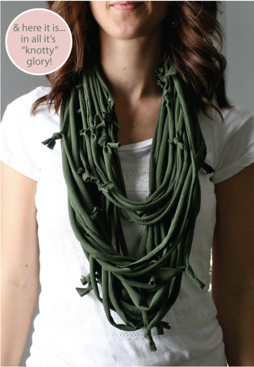 DIY Tee Shirt Strip Knotted Scarf Tutorial by Aarean, of The Color Issue, for Clothed Much here. Really easy DIY and tee shirts are so cheap right now at thrift stores.