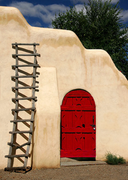 magic-bazaar:  Taos, New Mexico.