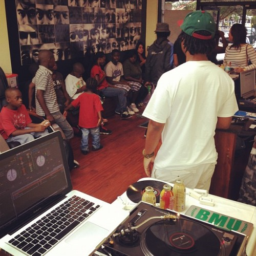 Spinning for the kiddies gettin free cuts for back to school courtesy of @adidasoriginals  (Taken with Instagram at Next Level Barbershop)