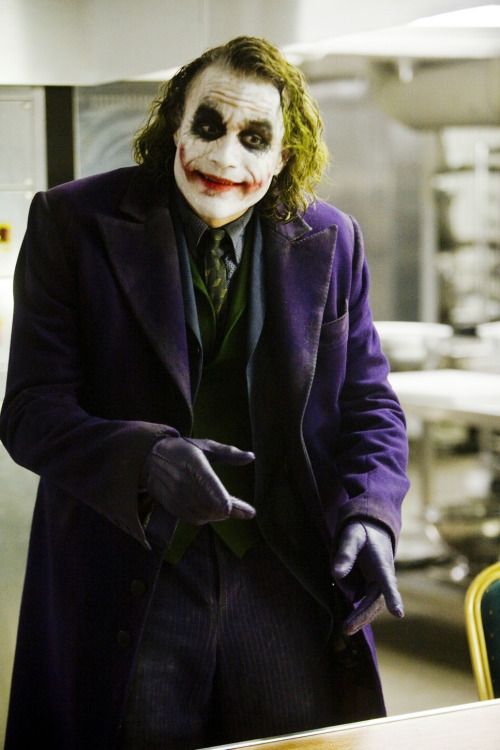 thebeautifulheath:  Heath as The Joker in The Dark Knight (2008).  :)