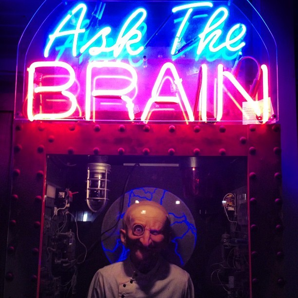 #nofilter #santacruz #fortune #ask the #brain #weird #creepy #beachboardwalk  (Taken with Instagram at Santa cruz boardwalk)