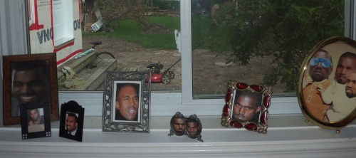 friskygrandma:  charlotte and i replaced my family pictures with kanye and my dad hasn't noticed   #LIKEABOSS