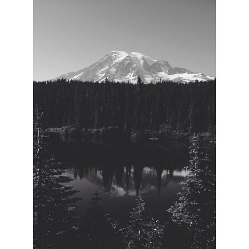 Mt Rainier (Taken with Instagram)