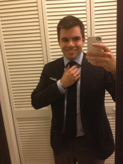 girlslikemenwhodresswell:  Doing my best Barney Stinson