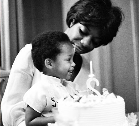 Nina Simone & her daughter (On Mother's day)