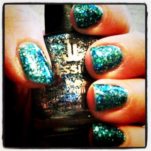 Sparkle! #jessica #nailpolish #nailvarnish #glitter #sparkle (Taken with Instagram)