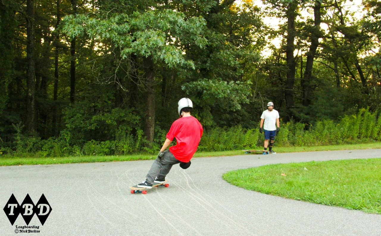 Tryhard Heelside Cult Wheels and Comet Boards rider Norman Plante shows a breathtaking amount of concentration and strength in this heelside check  Photo: Nick Burkus (canon 60d)