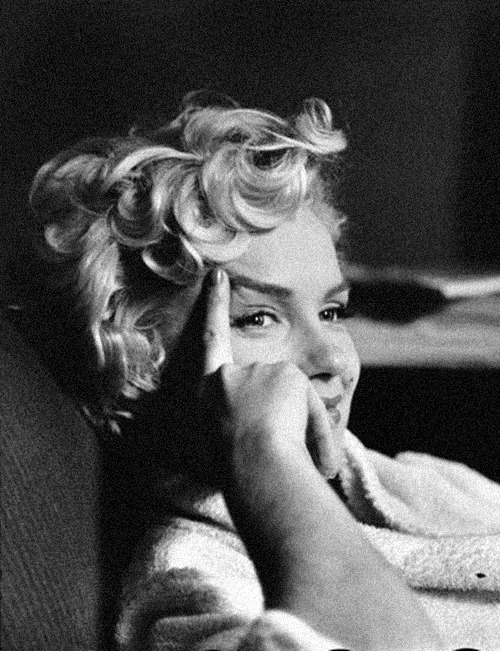 Marilyn Monroe, New York City, 1956.  Photo: Elliott Erwitt