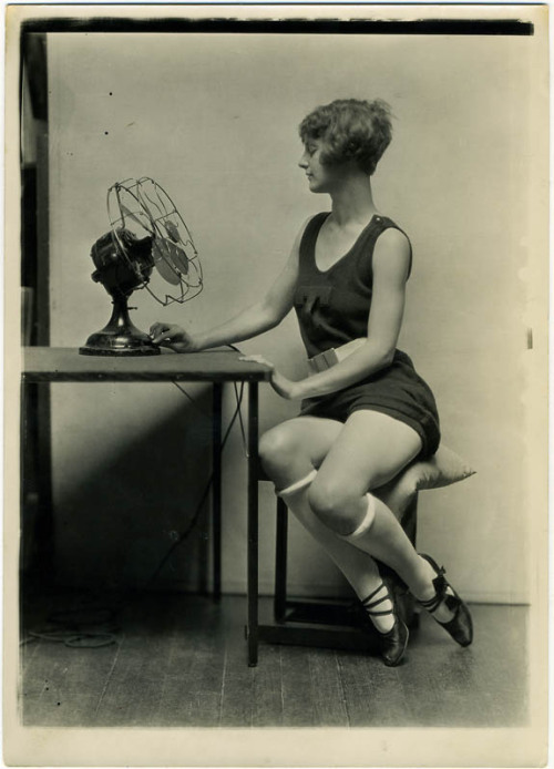 maudelynn:  Adorable 1920s Charles Gates Sheldon Photo