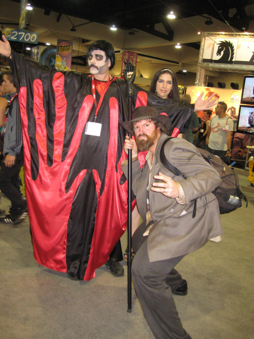 briannacherrygarcia:  In honor of Manos the Hands of Fate Rifftrax, here are some epic cosplayers I saw at Comic-Con in 2010. Don't ask me who the girl in the back is. Photobomber. Next up, BIRDEMIC RIFFTRAX IN OCTOBER.  I actually thought the woman was part of it, as the newest bride (oops, spoiler) of the Master.