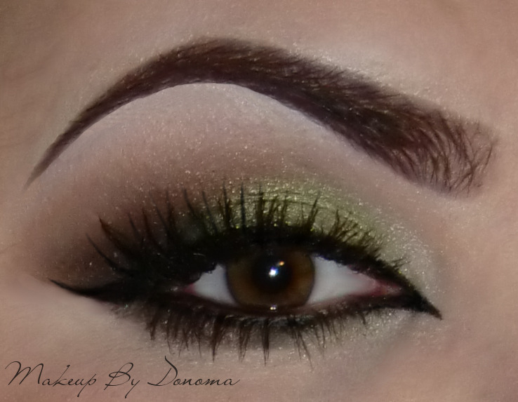 makeupbydonoma:  Arabic Look using greens and browns the close up