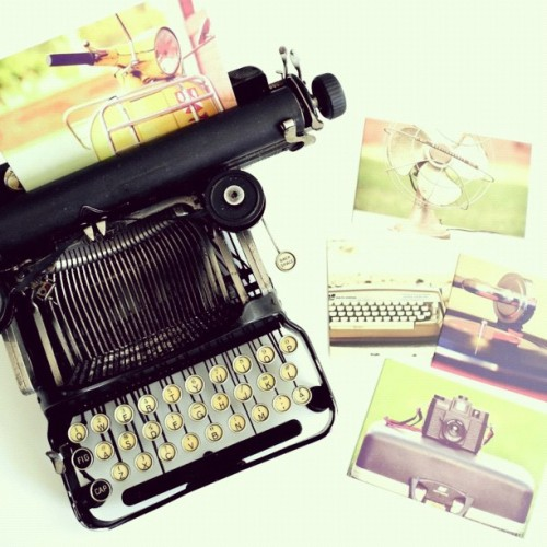 paperpastries:  My new #typewriter, a folding corona from the 1900s. Gift from my soon to be in laws :) #snailmail #stationery #penpals #letters (photo postcards by Gabrielle Kai) (Taken with Instagram)