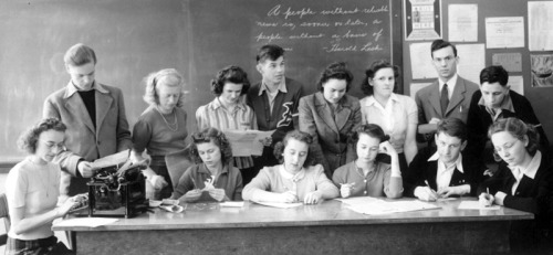 theantikeychop:  Student members of a 1942 high school Journalism Club with a trusty Burroughs typewriter. The Antikey Chop