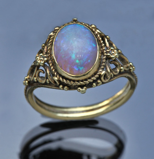 Edward Spencer Gold Opal RingBritish 1905