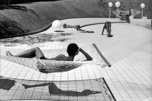 Martine Franck, The Hammock, 1976