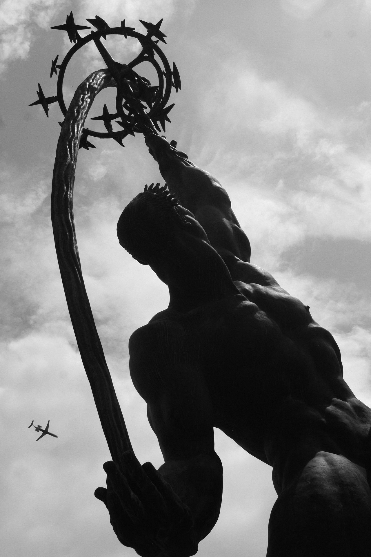 Airplane Meets Rocket Thrower, Flushing Meadows Park