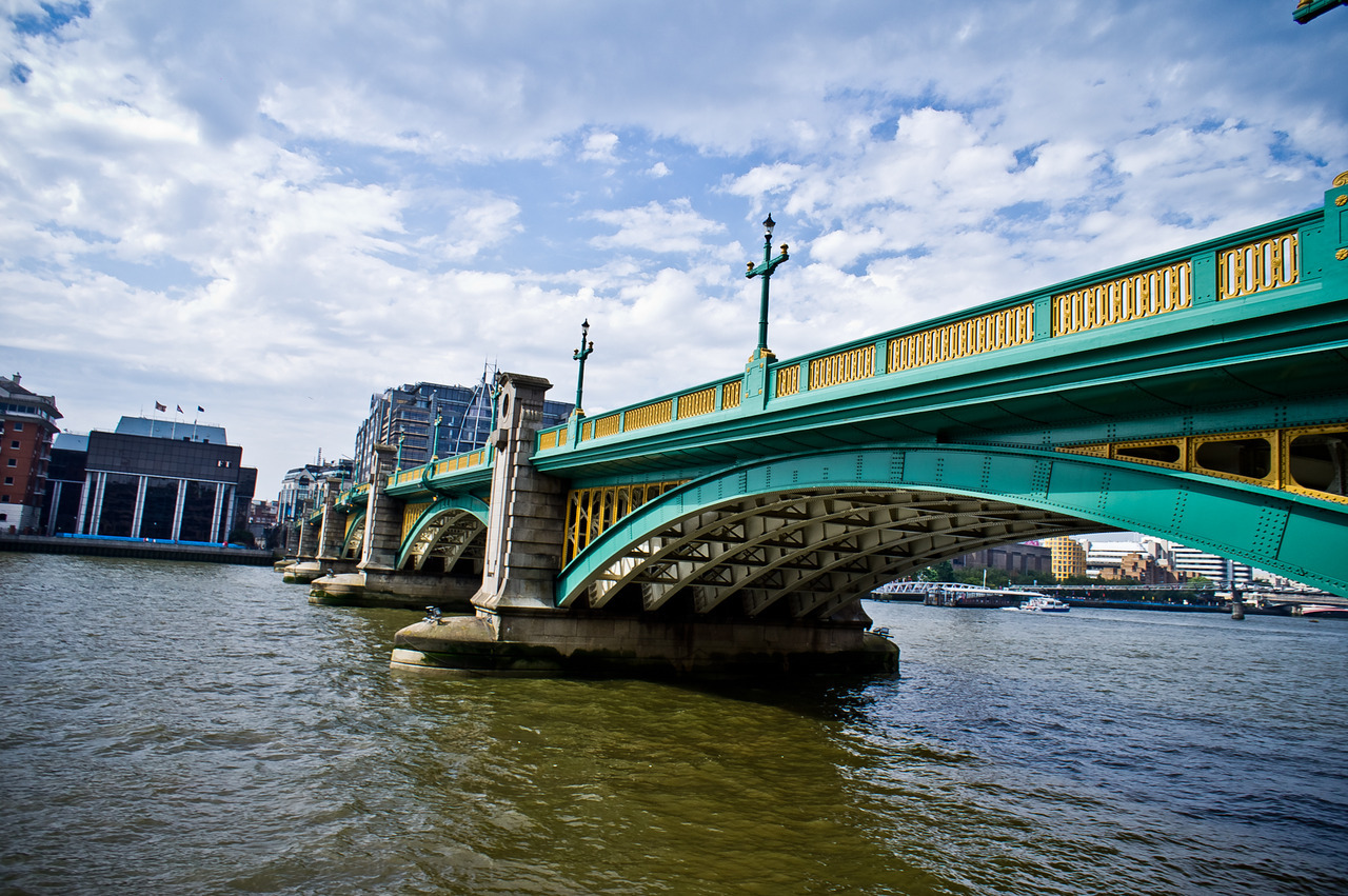 TurquoiseBridge The Southwark bridge.