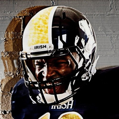 I…I…oh, Notre Dame fans, even you don't deserve this kind of uniform FAIL. Just bring the kelly green back and everything will be okay. (It gets worse when you look at the entire gallery of the uniforms for the Irish's game against the Miami Hurricanes. When it comes to uniform design, Adidas is basically trying to rip off Nike and doing it very, very poorly.)