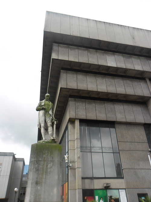 Statue and Birmingham City Library, posted by paths-and-angles.