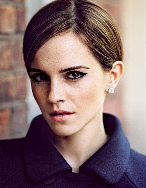 somuchsass:  Emma Watson's Perfect Makeup is Perfect  wow.