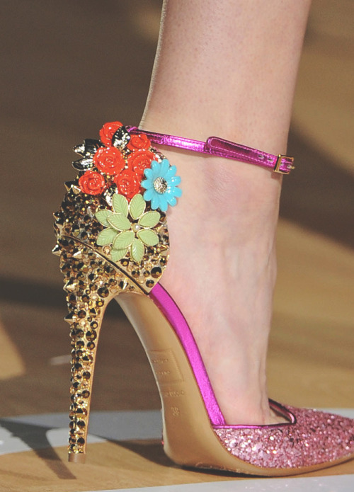 somethingvain: Dsquared2 Autumn Winter 2012, RTW, Details!!