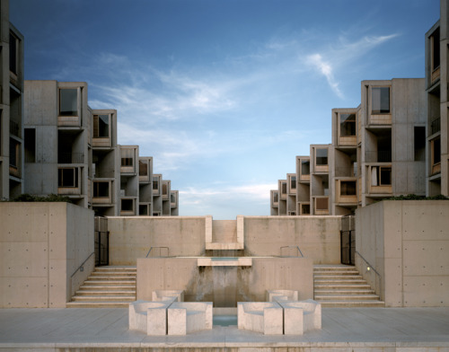 subtilitas:  Louis Khan - Salk Institute for biological studies, La Jolla CA 1965. Via Todd Eberle.