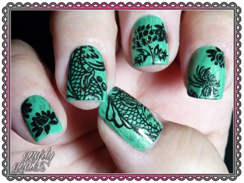 beautylish:  Pretty Chinese jade nails by Missy R.!