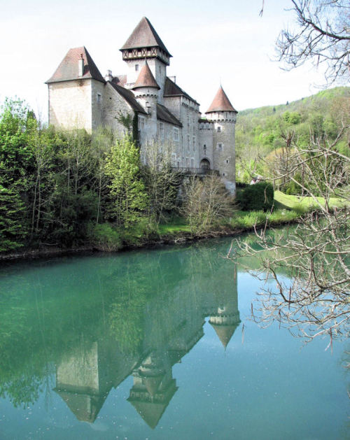 (via Château de Cléron, a photo from Franche-Comte, East | TrekEarth) Cleron, Franche-Comte, France