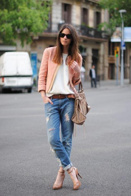 greensleevs:  labellefabuleuse:  Streetstyle…  Want more streetstyle?