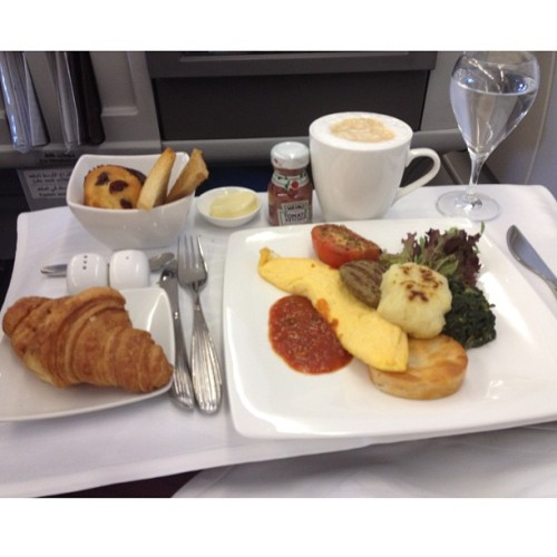 #qatarairways #croissant #omelette #pattie #muffin #latte #sparkling #hashbrown #foodie #foodporn #foodcoma #instagood #instafood #instamood #instadaily #ipopyou #iphoneonly #iphone4s #iphonesia #jj #brunika #webstagram #statigram #instagramers #picoftheday (Taken with Instagram)